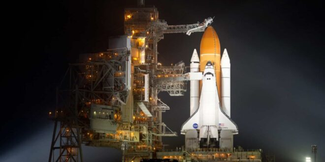The space agency temporarily froze the development and assembly of two key elements of the Artemis program - the superheavy SLS carrier and the Orion spacecraft. The timing of freezing the project is still unknown.